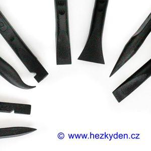 Oboustranná plastová páčidla černá