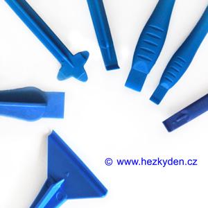 Oboustranná plastová páčidla modrá