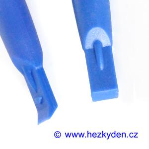 Plastové páčidlo typ 1
